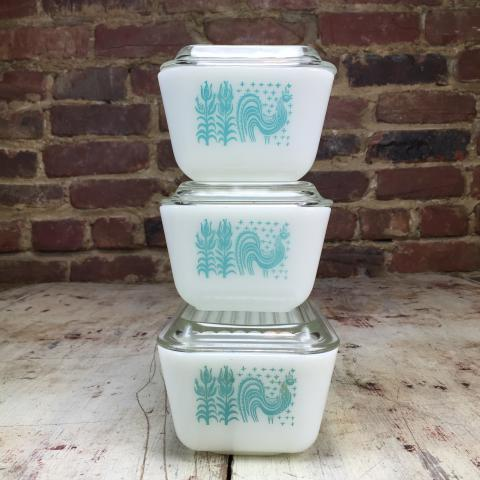 Pyrex butterprint amish turquoise