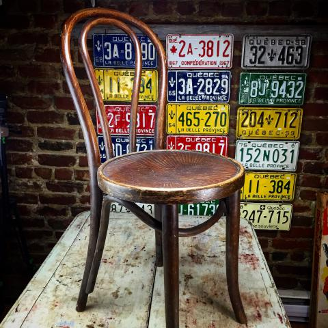 Chaise bistrot antique